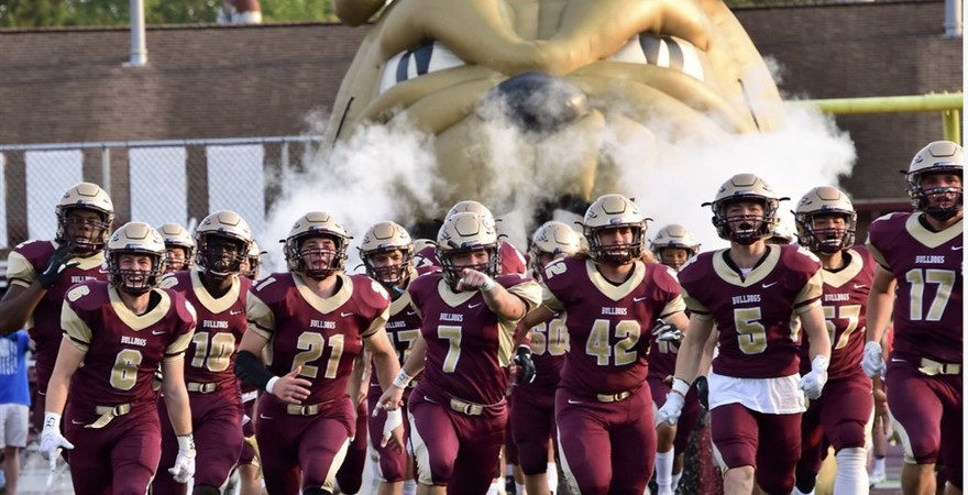 2019 bulldogs football team entrance